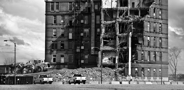 Wrecking ball begins final rounds at the old Michael Reese Hospital