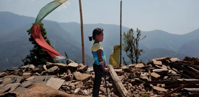 NEPAL EARTHQUAKE TWO GIRLS