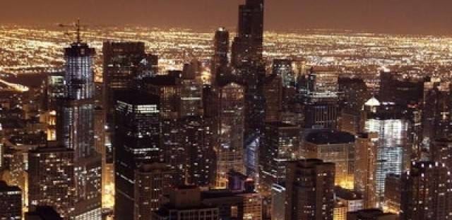 Book compiles the big and small facts about Chicago history