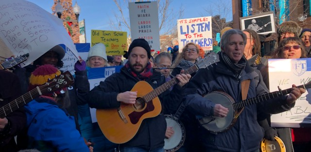 Teachers, students, and supporters met Tuesday at Old Town School of Folk Music's flagship campus in Chicago's Lincoln Square neighborhood, announcing that they filed a petition to form a union. (WBEZ/Carrie Shepherd)