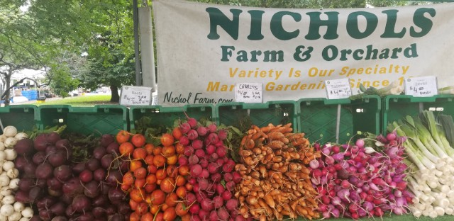 Nichols Farm and Orchard at the Green City Market