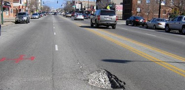 Attention Chicago mainstream media: Pothole season is in full swing!