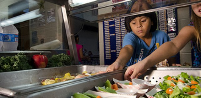 USDA pushes school lunch changes