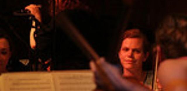 Quartet Parapluie sets the mood live in studio