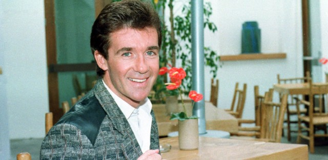 Actor Alan Thicke poses in Los Angeles in 1986.