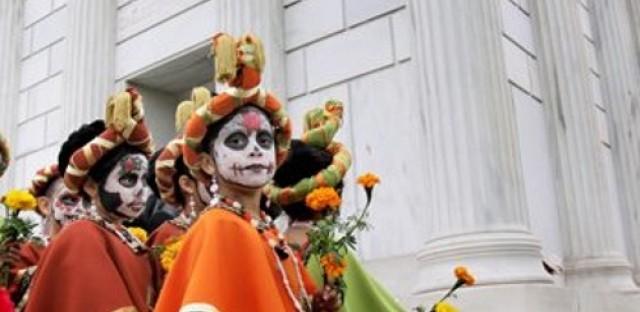 Global Notes: Día de los Muertos