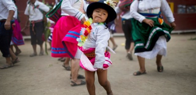 Global Notes: Singer Renata Flores reviving Quechua language