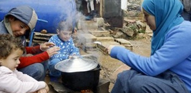 UN World Food Program suspends food aid to Syria
