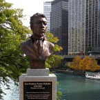 Do descendants of Chicago's Native American tribes live in the city today?