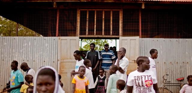 SUDAN REFUGEES DIVIDED FAMILY