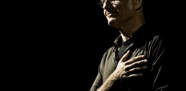 Global Notes: Italian composer and pianist Ludovico Einaudi performs live on Worldview