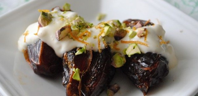 Dates and Cream Iftar