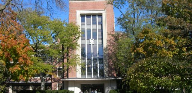 New Trier Township High School superintendent discusses successful alumni