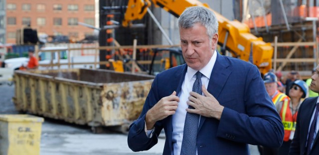New York Mayor Bill de Blasio arriving for a ceremony at New York's Hudson Yards construction site in September 2016. (AP Photo/Mark Lennihan)