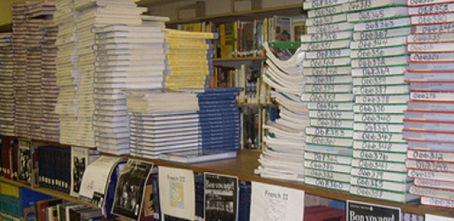 New bill aims to curb heavy costs of textbooks