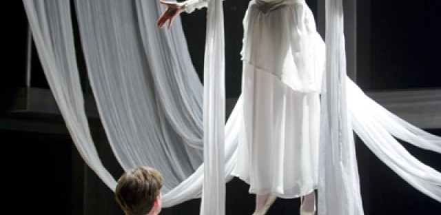 Court Theatre's 'Angels in America'