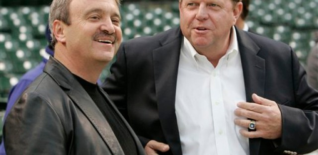 L.A. Dodgers General Manager Ned Colletti and then-Chicago Cubs GM Jim Hendry during the L.A.-Cubs playoffs in 2008.