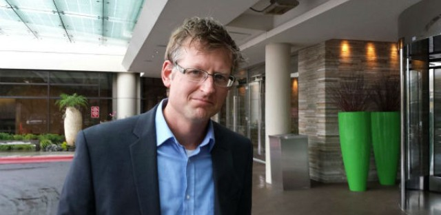 Mark Lynas is a British environmentalist and science writer who stunned the food activism community last January by announcing that he had switched from opposing to supporting genetically modified crops. Tuesday he stunned GM watchers again by announcing his support for federal GM labeling in the U.S., which most of the conventional food industry publicly opposes.