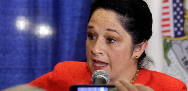 Illinois Comptroller Susana Mendoza talks to reporters in December 2016. (AP Photo/Seth Perlman)