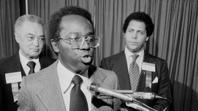 Richard Hatcher, First Black Mayor of Gary, Dies At 86