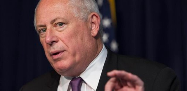 Quinn makes changes to Illinois concealed carry legislation
