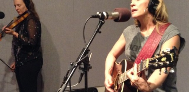 Amy Speace pours music out of an open heart