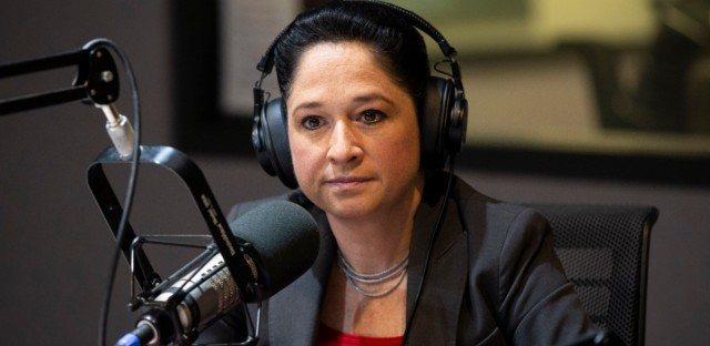 Illinois comptroller Susana Mendoza stopped by the Morning Shift to discuss her campaign for Chicago mayor.