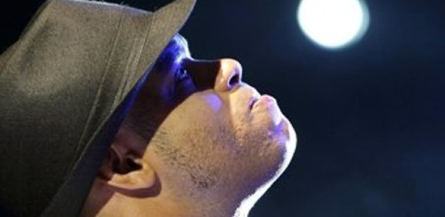 Global Notes: Cuban pianist Roberto Fonseca Live