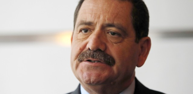 Mayoral candidate Garcia presents financial plan for Chicago