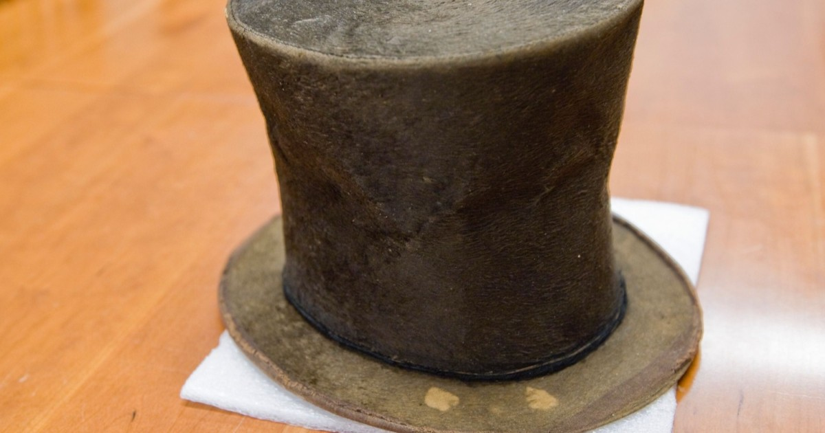 After Finding No Evidence Stovepipe Hat Belonged To Abe Lincoln, Illinois Historian Is Out Of A Job