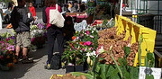 Spring means farmer's markets and the mayor's urban farming initiative