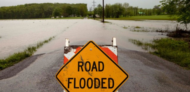 Rising waters threaten parts of southern Illinois
