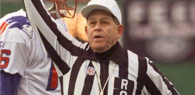 Former NFL referee Jerry Markbreit is concerned about players' safety with replacement refs.