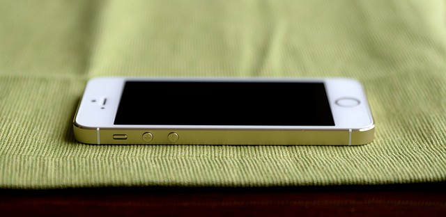 Apple Opposes Order to Unlock iPhone of San Bernardino Attacker