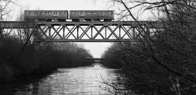 Yellow Line train over the North Channel: Photo of the Day - March 13, 2013
