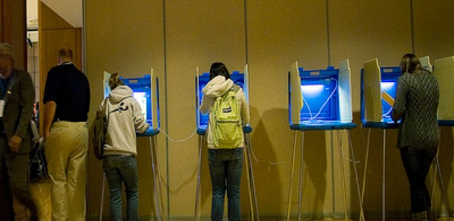 Economy predicted to be a major issue in the 2012 election