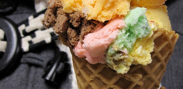 The Chicago Rainbow Cone, featuring the Palmer House flavor.