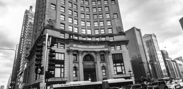 Classic skyscraper to become hotel, puts spotlight on Chicago corner