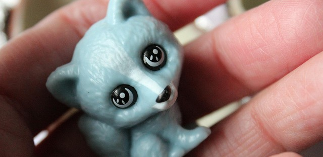 Kinder Surprise chocolate egg toy blue arctic fox